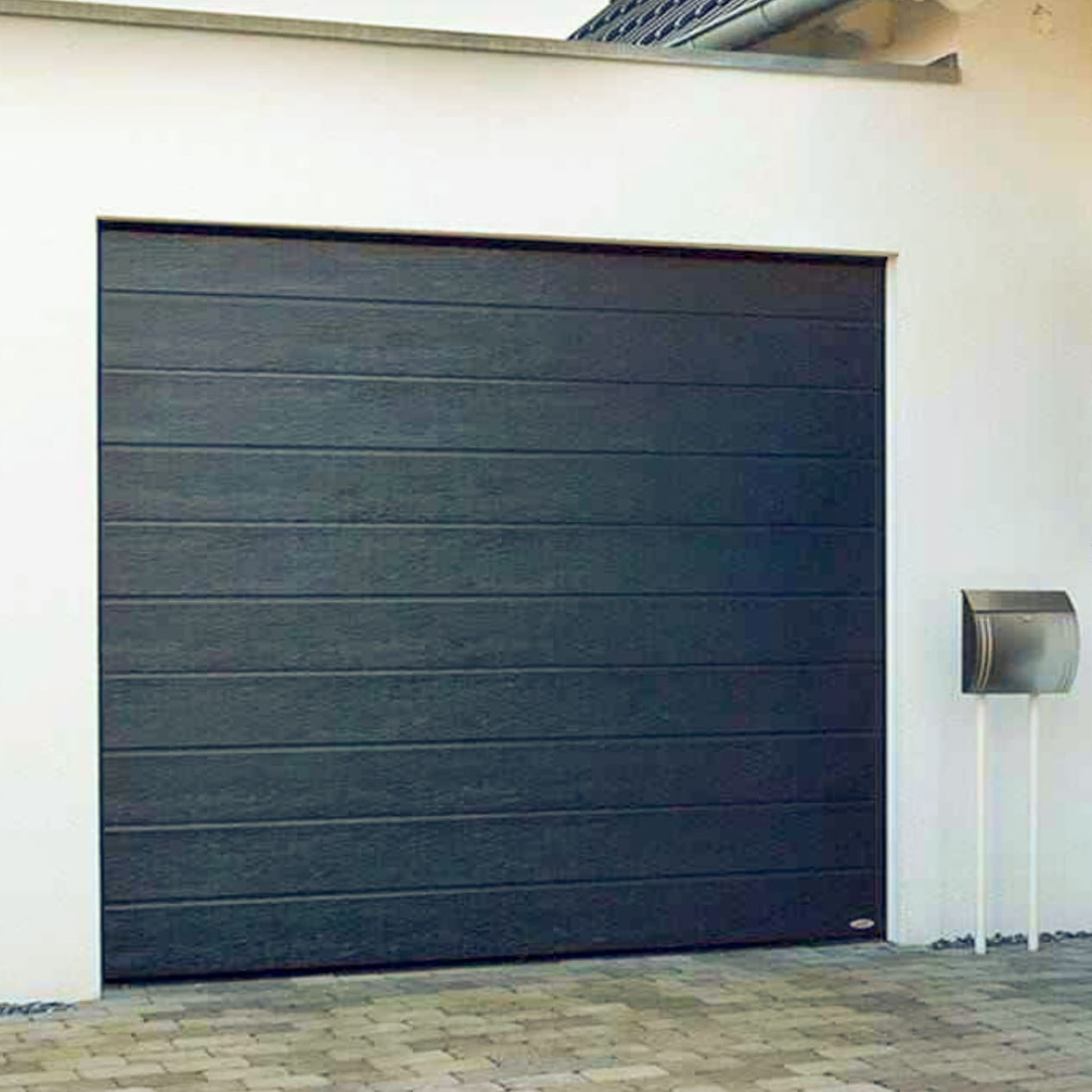 Garageportar och tillbehör