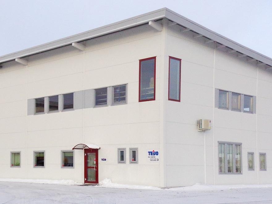Fönstermontage hos Morgonpassagens industrihotell i Karlstad